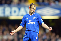 12/5/2004 - Chelsea v  Everton , Stamford Bridge - FA Barclays Premiership.<br />Chelsea's Arjen Robben shrugs his shoulders<br />Photo:Jed Leicester/Back Page Images