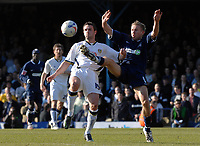 Photo: Ashley Pickering.<br />Southend United v Leeds United. Coca Cola Championship. 17/03/2007.<br />Frazer Richardson of Leeds (L) and Richie Foran of Southend