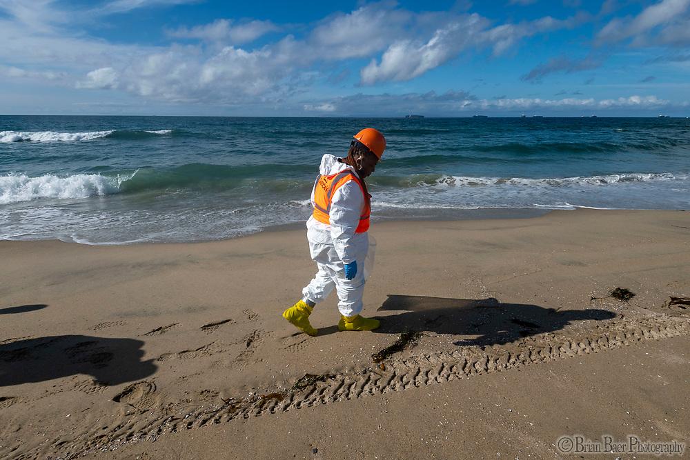 Bolsa Chica SB 10-08-2021_3156<br /> <br /> Bolsa Chica State Beach<br /> © 2021, California State Parks.<br /> Photo by Brian Baer