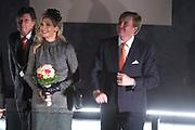 Streekbezoek Koning en Koningin in de voormalige Mijnstreek Limburg /// Region Visit King and Queen in the former mining region of Limburg<br /> <br /> op de foto / on the photo: <br /> <br />  Koning Willem-Alexander en koningin Maxima tijdens een bezoek aan het Continium in Kerkrade.  ///King Willem-Alexander and Maxima Queen during a visit to the Continium in Kerkrade.