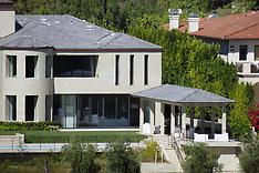 Kim and Kanye sell their Bel Air Mansion for $17.8 million - 14 Nov 2017