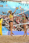 Beachvolleyball: FIVB World Tour Finals, Hamburg, 23.08.2017<br /> Damen: Larissa Franca / Talita Antunes (BRA) - Laura Ludwig / Kira Walkenhorst<br /> © Torsten Helmke
