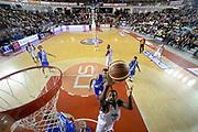 DESCRIZIONE : Roma Lega serie A 2013/14 Acea Virtus Roma Banco Di Sardegna Sassari<br /> GIOCATORE : Callistus Eziukwu<br /> CATEGORIA : tiro sottomano<br /> SQUADRA : Acea Virtus Roma<br /> EVENTO : Campionato Lega Serie A 2013-2014<br /> GARA : Acea Virtus Roma Banco Di Sardegna Sassari<br /> DATA : 22/12/2013<br /> SPORT : Pallacanestro<br /> AUTORE : Agenzia Ciamillo-Castoria/ManoloGreco<br /> Galleria : Lega Seria A 2013-2014<br /> Fotonotizia : Roma Lega serie A 2013/14 Acea Virtus Roma Banco Di Sardegna Sassari<br /> Predefinita :