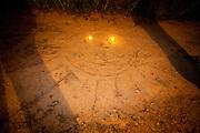 Sao Goncalo do Rio Preto_MG, Brasil...Parque Estadual do Rio Preto, em Sao Goncalo do Rio Preto, Minas Gerais. Na foto sol desenhado na terra...The Rio Preto State Park, in Sao Goncalo do Rio Preto, Minas Gerais. In this photo the sun drawn in land...Foto: LEO DRUMOND / NITRO.