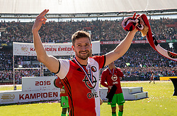 14-05-2017 NED: Kampioenswedstrijd Feyenoord - Heracles Almelo, Rotterdam<br /> In een uitverkochte Kuip pakt Feyenoord met een 3-0 overwinning het landskampioenschap / Jan-Arie van der Heijden #6