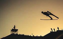 29.09.2018, Energie AG Skisprung Arena, Hinzenbach, AUT, FIS Ski Sprung, Sommer Grand Prix, Hinzenbach, im Bild Clemens Aigner (AUT) // Clemens Aigner of Austria during FIS Ski Jumping Summer Grand Prix at the Energie AG Skisprung Arena, Hinzenbach, Austria on 2018/09/29. EXPA Pictures © 2018, PhotoCredit: EXPA/ JFK