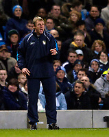 Photo: Jed Wee.<br /> Manchester City v Tottenham Hotspur. The Barclays Premiership. 04/01/2006.<br /> <br /> Manchester City manager Stuart Pearce tries to motivate his players.