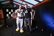 """Dr. Sindsen: Modenschau - Livestream, """"Wir setzen ein Zeichen - Gegen Mobbing, Berlin, 18.07.2020<br /> Eric Sindermann und Boxer Marco Huck<br /> © Torsten Helmke"""