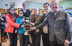 THEMENBILD - Melitta Doppelmayr- Hinteregger (Doppelmayr), Elke Ludewig (Leitung Observatorium), Bundesminister für Bildung, Wissenschaft und Forschung Heinz Faßmann, Franz Schausberger, Michael Staudinger (Direktor ZAMG), Wilfried Haslauer (Landeshauptmann Salzburg) am Sonnblick Observatorium, aufgenommen am 20. November 2018, Rauris, Österreich // Melitta Doppelmayr-Hinteregger (Doppelmayr), Elke Ludewig (Head of Observatory), Federal Minister of Education, Science and Research Heinz Fassmann, Franz Schausberger, Michael Staudinger (Director ZAMG), Wilfried Haslauer (Governor Salzburg) at the Observatory Sonnblick on 2018/11/20, Rauris, Austria. EXPA Pictures © 2018, PhotoCredit: EXPA/ JFK