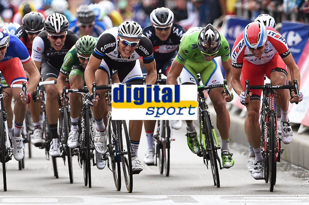 Sykkel<br /> 08.07.2014<br /> Foto: PhotoNews/Digitalsport<br /> NORWAY ONLY<br /> <br /> KITTEL Marcel GER of Team Giant-Shimano - SAGAN Peter SVK of Cannondale - KRISTOFF Alexander of Team Katusha - DEMARE Arnaud of FDJ.fr  during stage 4 of the 101th edition of the Tour de France 2014 from Le Touquet to Lille Métropole (163,5 km)