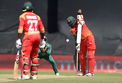 Cape Town-181006- Zimbabwean opening batsman Hamilton Masakadza batting against South Africa in the 3rd ODI match at Boland Park cricket stadium. .Photographer:Phando Jikelo/African News Agency(ANA)