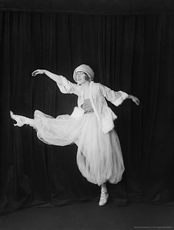 Phyllis Monkman, actress, dancer and singer, Britain, 1916