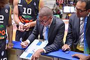 DESCRIZIONE : Varese Lega A 2014-15 Openjobmetis Varese Upea Capo d'Orlando<br /> GIOCATORE : Gricoli Giulio <br /> CATEGORIA : Schema Allenatore Coach Time Out<br /> SQUADRA : Upea Capo d'Orlando<br /> EVENTO : Campionato Lega A 2014-2015<br /> GARA : Openjobmetis Varese Upea Capo d'Orlando<br /> DATA : 26/04/2015<br /> SPORT : Pallacanestro<br /> AUTORE : Agenzia Ciamillo-Castoria/M.Ozbot<br /> Galleria : Lega Basket A 2014-2015 <br /> Fotonotizia: Varese Lega A 2014-15 EA7 Openjobmetis Varese Upea Capo d'Orlando
