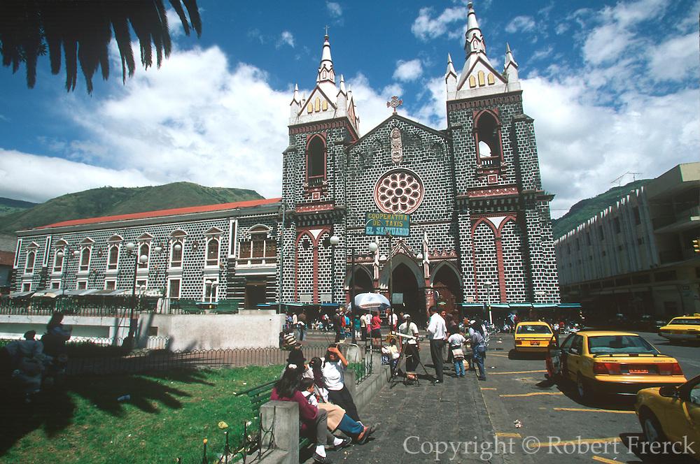 ECUADOR, HIGHLANDS, BANOS Senora de Agua Santa pilgrimage site