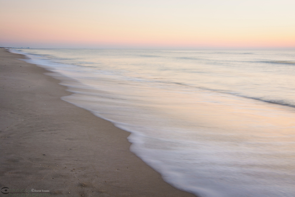 Beach and ocean at the Maryland end of Assateague Island National Seashore, USA.