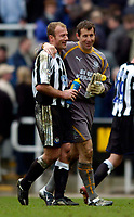 Photo. Jed Wee.Digitalsport<br /> Newcastle United v Everton, FA Barclaycard Premiership, St James' Park, Newcastle. 03/04/2004.<br /> No hard feelings, as Everton goalkeeper Nigel Martyn (R) shares the smiles with Newcastle's Alan Shearer, who put two goals past him.