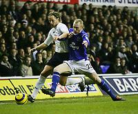 RETO ZIEGLER HOLDS OF TONY HIBBERT-BARCLAYS PREMIERSHIP SATURDAY 01 Jan 2005-Tottenham v Everton-COLORSPORT/KIERAN GALVIN