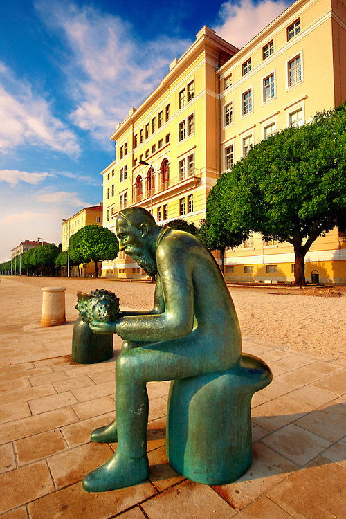"""Neo classic Austrian seafront with """"The Old Man Of The Sea Statue"""", Zadar, Croatia"""