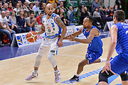 DESCRIZIONE : Beko Legabasket Serie A 2015- 2016 Dinamo Banco di Sardegna Sassari - Enel Brindisi<br /> GIOCATORE : David Logan<br /> CATEGORIA : Palleggio<br /> SQUADRA : Dinamo Banco di Sardegna Sassari<br /> EVENTO : Beko Legabasket Serie A 2015-2016<br /> GARA : Dinamo Banco di Sardegna Sassari - Enel Brindisi<br /> DATA : 18/10/2015<br /> SPORT : Pallacanestro <br /> AUTORE : Agenzia Ciamillo-Castoria/L.Canu