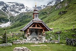 THEMENBILD - die Almkapelle. Die bewirtschaftete Alm, wo rund 800 Schafe und 55 Milchkühe im Sommer sind, besteht seit dem Jahre 1779 und wird von der Familie Aberger Dick geführt, Sie liegt unmittelbar bei den Kapruner Hochgebirgsstauseen, aufgenommen am 16. Juni 2017, Fürthermoar Alm, Kaprun, Österreich // the Alm Chapel. The Fuerthermoar Alm, where around 800 sheep and 55 dairy cows are in summer and is directly next to the Kaprun Hochgebirgsausauseen. The Mountain Hut exists since 1779 and is owned by the family Aberger Dick, taken on 2017/06/16, Kaprun, Austria. EXPA Pictures © 2017, PhotoCredit: EXPA/ JFK