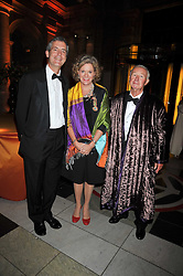Left to right, MARK JONES director of the V&A and SIR TERENCE & LADY CONRAN at a dinner to celebrate the opening of 'Maharaja - The Spendour of India's Royal Courts' an exhbition at the V&A, London on 6th October 2009.