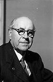 1952 - Pádraig Ó Siochfhradha, Irish author and member of Seanad Éireann