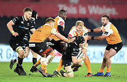 Ospreys' Sam Cross in action today<br /> <br /> Photographer Mike Jones/Replay Images<br /> <br /> Guinness PRO14 Round Round 16 - Ospreys v Cheetahs - Saturday 24th February 2018 - Liberty Stadium - Swansea<br /> <br /> World Copyright © Replay Images . All rights reserved. info@replayimages.co.uk - http://replayimages.co.uk