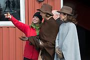 Staatsbezoek Denemarken - Dag 2. Bezoek van eiland Bezoek Samso<br /> <br /> State visit Denmark - Day 2. Visit to the island of Samso<br /> <br /> op de foto / On the photo:  Bezoek stro installatie  / Visit straw installation<br /> <br />  Koningin Maxima en Prinses Mary maken een selfie /  Queen Maxima and Princess Mary make a selfie