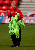 Photo. Richard Lane<br />Southampton FC FA Cup Preview Day at St. Mary's. 13/05/2003.<br />Manager, Gordon Strachan.