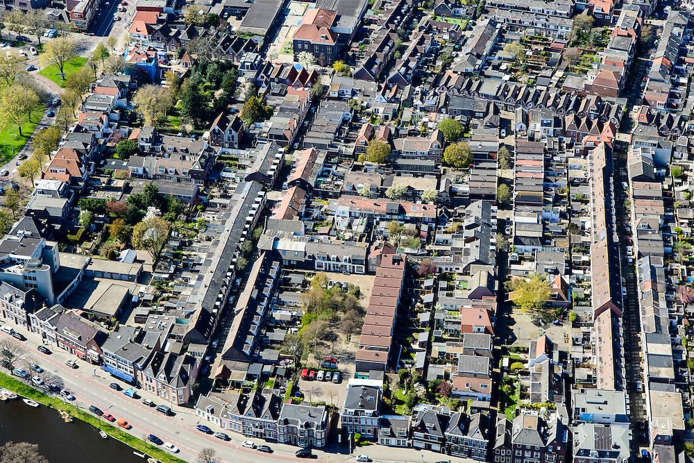 Nederland, Noord-Holland, Alkmaar, 20-04-2015; Spoorbuurt, tussen station en binnenstad.<br /> Station quarter, Alkmaar inner city.<br /> luchtfoto (toeslag op standard tarieven);<br /> aerial photo (additional fee required);<br /> copyright foto/photo Siebe Swart