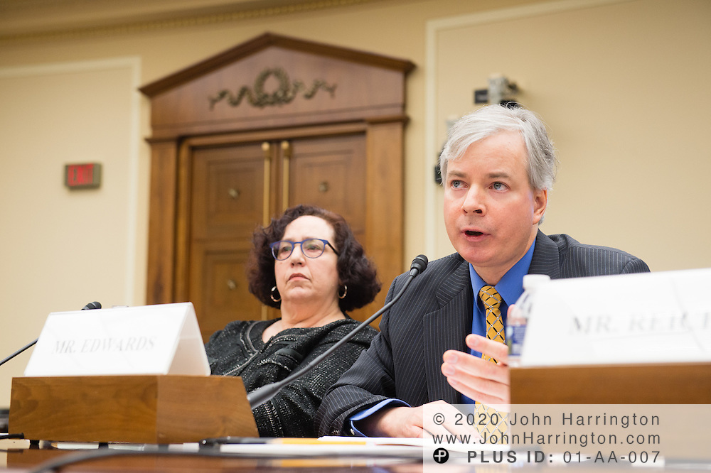 Chris Edwards testifies before the Joint Energy Subcommittee and Oversight Subcommittee Hearing- Risky Business: The DOE Loan Guarantee Program.