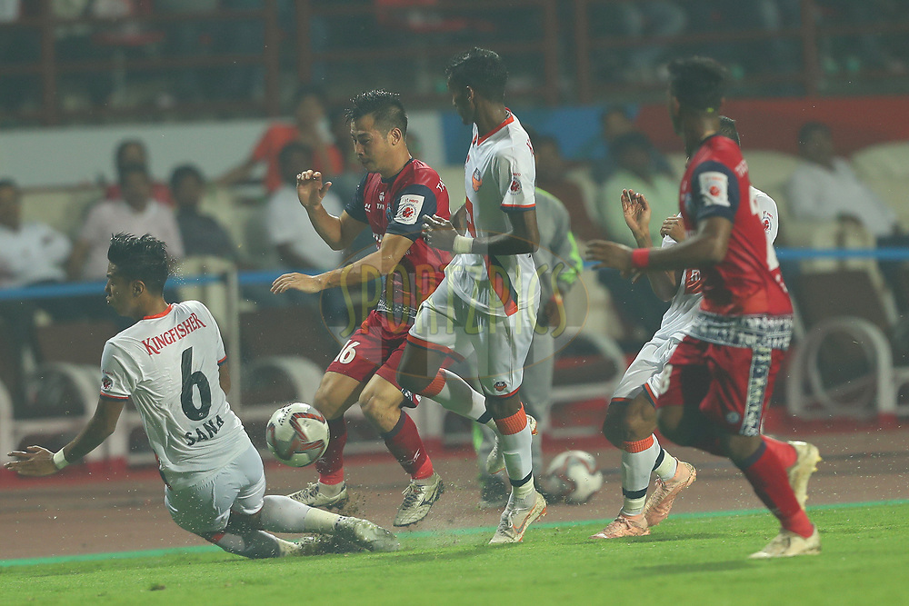 Robin Gurung of Jamshedpur FC during match 25 of the Hero Indian Super League 2018 ( ISL ) between Jamshedpur FC and FC Goa held at JRD Tata Sports Complex, Jamshedpur, India on the 1st November  2018<br /> <br /> Photo by: Ron Gaunt /SPORTZPICS for ISL