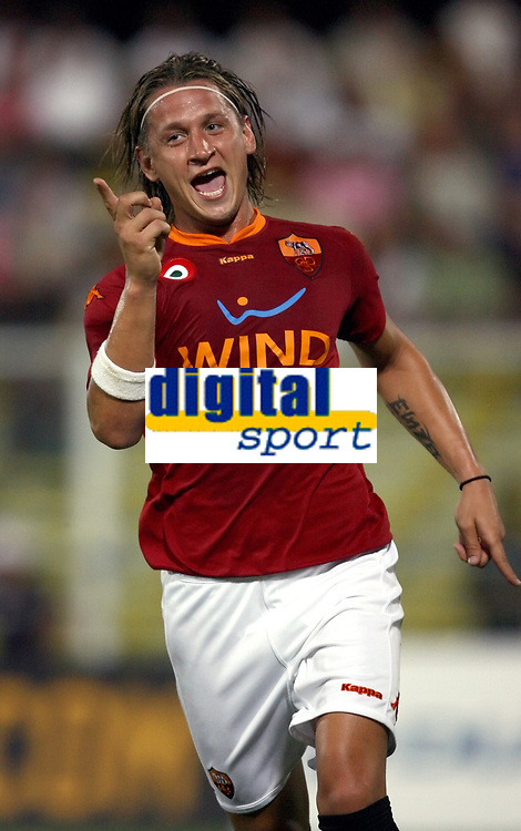 Fotball<br /> Italia<br /> Foto: Inside/Digitalsport<br /> NORWAY ONLY<br /> <br /> Philippe Mexes (Roma) celebrates after scoring<br /> <br /> Friendly match<br /> 11 Aug 2007 <br /> Juventus v Roma (5-2)