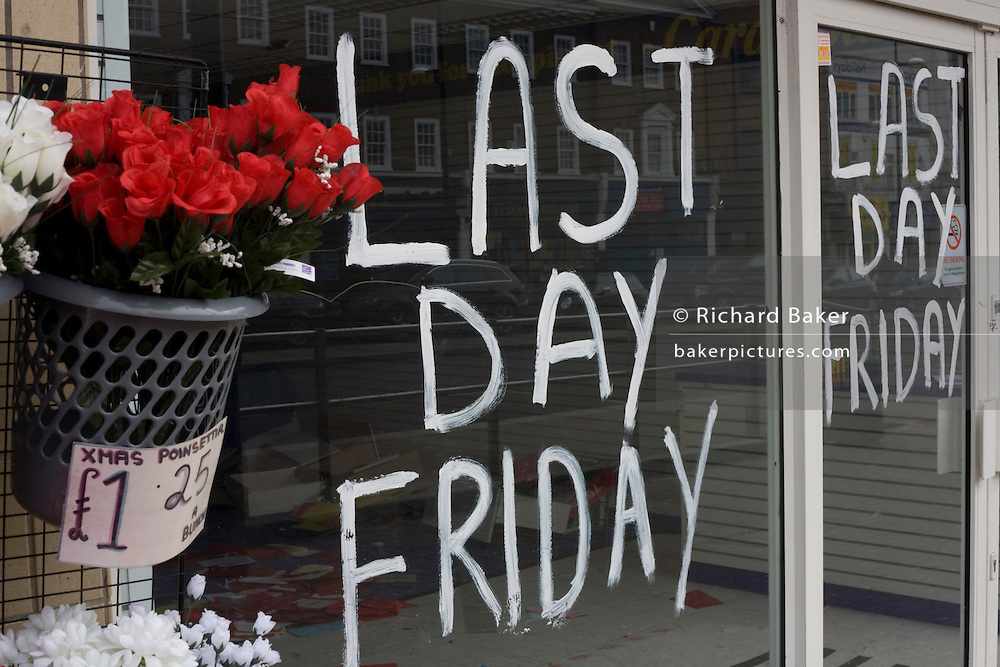 Last Day Friday notice for now closed Card Warehouse business in Bromley High Street, a victim of the UK recession. ..