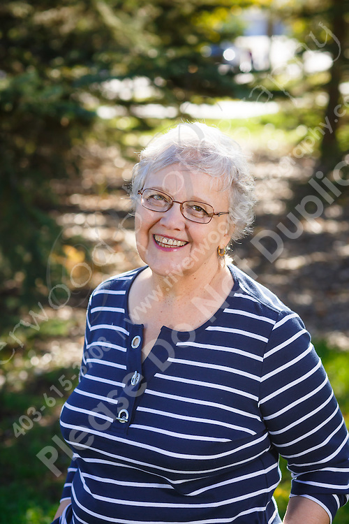 Casual outdoor headshot for use on a new website to market Jean's business, as well as for LinkedIn and other Social Media marketing profiles.<br /> <br /> ©2016, Sean Phillips<br /> http://www.RiverwoodPhotography.com