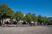 Terras op Het Plein in het centrum van Den Haag  - Terrace  at Het Plein, one of the three main squares in the city center of The Hague, Netherlands