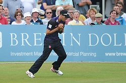 Benny Howell of Gloucestershire catches out Owais Shah of Hampshire for 6 bowled by Jack Taylor of Gloucestershire  - Photo mandatory by-line: Dougie Allward/JMP - Mobile: 07966 386802 - 14/07/2015 - SPORT - Cricket - Cheltenham - Cheltenham College - Natwest T20 Blast