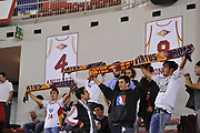 DESCRIZIONE : Roma LNP A2 2015-16 Acea Virtus Roma Moncada Agrigento<br /> GIOCATORE : tifosi Virtus Roma<br /> CATEGORIA : tifosi pubblico panoramica pre game<br /> SQUADRA : Acea Virtus Roma<br /> EVENTO : Campionato LNP A2 2015-2016<br /> GARA : Acea Virtus Roma Moncada Agrigento<br /> DATA : 18/10/2015<br /> SPORT : Pallacanestro <br /> AUTORE : Agenzia Ciamillo-Castoria/G.Masi<br /> Galleria : LNP A2 2015-2016<br /> Fotonotizia : Roma LNP A2 2015-16 Acea Virtus Roma Moncada Agrigento