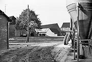 Nederland, Wijchen, 1-9-1986Uitbreiding woningbouw op het platteland. Wijchen Zuid, Verdwijnen landelijke gebieden .Foto: Flip Franssen