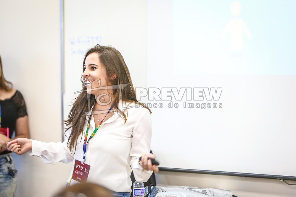 Shaize Roth apresenta a palestra no #FT17, Festival da Transformação 2017, realizado pela Associação dos Dirigentes de Marketing e Vendas do Rio Grande do Sul (ADVB-RS), na ESPM-Sul. Inspirado em alguns dos maiores eventos do mundo de inovação e tendências (SXSW, Cannes Lions e Burning Man), o #FT17 é maior hub de conteúdo da história de Porto Alegre.  Foto: Gustavo Granata / Agência Preview