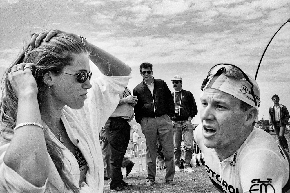 France, 05-07-1994. Photo: Patrick Post.  Cyclist Lance Armstrong with then girlfriend Danielle Overgaag. Lance Armstrong has been suspended for life because of doping.
