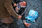 Scontri tra polizia e tifosi del Feyenoord in piazza di Spagna poco prima del match di europa league contro la Roma.  Roma 19 febbraio 2015.  Christian Mantuano / OneShot <br /> <br /> Feyenoord fans clash with police in Rome. Rome 19 February 2015. Christian Mantuano / OneShot