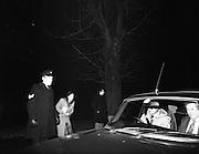 Dissolution of  Dáil Éireann 1982. .27/01/1982.01/27/82.27th January 1982.Image of the Media gathering at Áras an Uachtaráin  for arrival of Taoiseach Garret Fitzgerald.