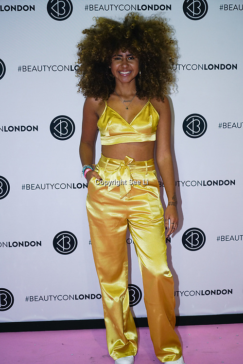 Olympia London,UK, 2nd Dec 2017. Nia Pettitt attends the BeautyCon London.