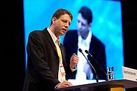 01 DEC 2003, BERLIN/GERMANY:<br /> Philipp Missfelder, Vorsitzender der Jumgen Union Deutschlands, haelt eine Rede, 17. CDU Parteitag, Messe Leipzig<br /> IMAGE: 20031201-01-110<br /> KEYWORDS: party congress, speech, JU, Philipp Mißfelder