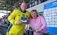 AMSTELVEEN - keeper Pirmin Blaak (Ned) met de ONVZ prijs voor beste keeper,  EK hockey, finale Nederland-Duitsland 2-2. mannen.  Nederland wint de shoot outs en is Europees Kampioen.  COPYRIGHT KOEN SUYK