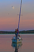 Węgorzewo, 2008-07-10. Zachód słońca na Jeziorze Święcajty