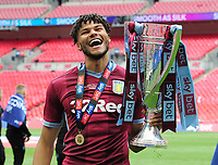 Football - 2018 / 2019 EFL Sky Bet Championship Play-Off Final - Aston Villa vs. Derby County<br /> <br /> Tyrone Mings of Aston Villa with the trophy, at Wembley Stadium.<br /> <br /> COLORSPORT/ANDREW COWIE