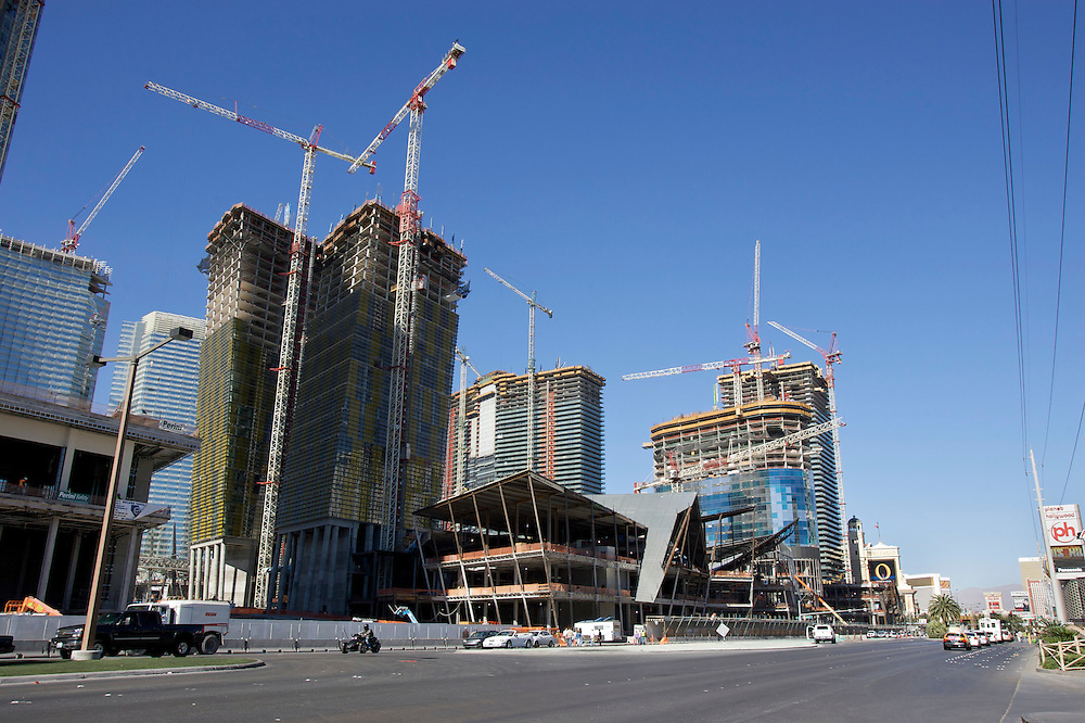 UNITED STATES-LAS VEGAS- Building a new hotel and casino. PHOTO by Gerrit de Heus. VERENIGDE STATEN-LAS VEGAS-Bouw van een nieuw hotel en casino aan Las Vegas Boulevard (The Strip) PHOTO COPYRIGHT GERRIT DE HEUS