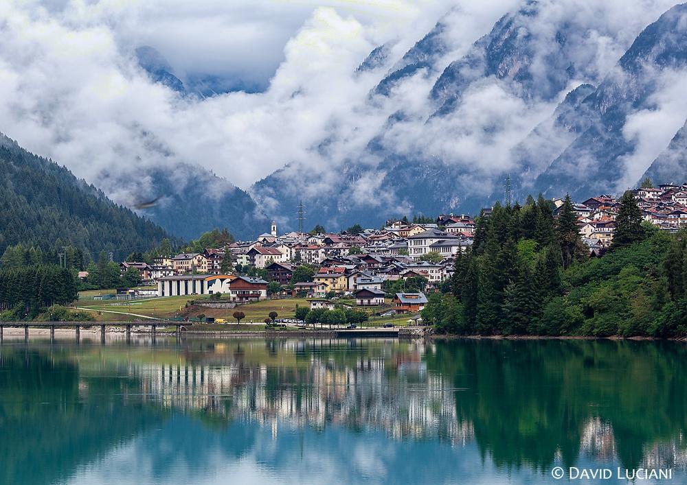 Lago di Auronzo and the municipality of Auronzo di Cadore.